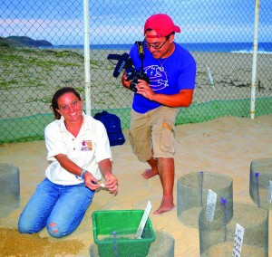 Reading Rainbow producer Kyle Rohrbach filming biologist Stephanie Rousso, Baja, Mexico, Sea Turtles